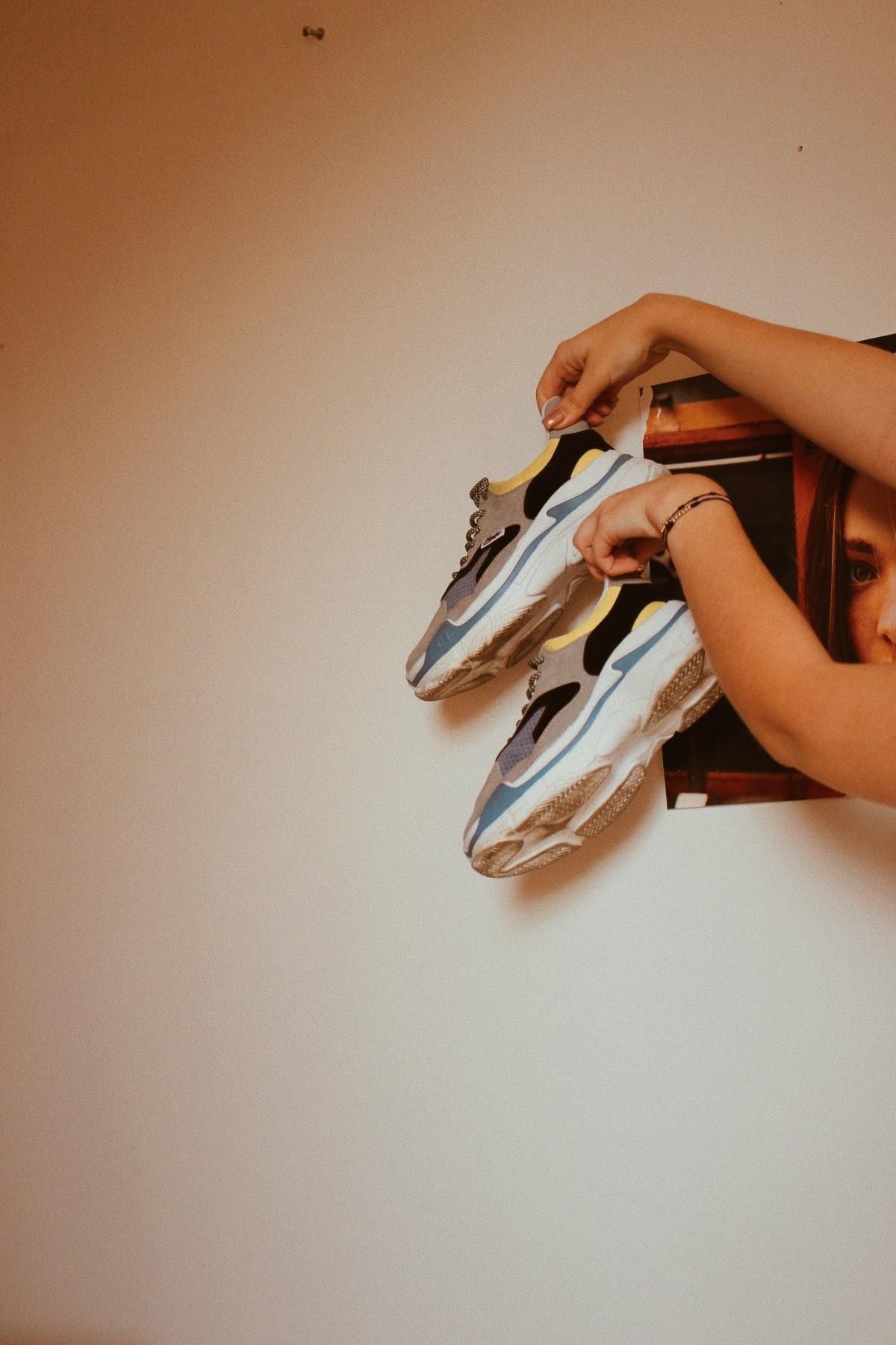 Editorial: 5 items que debes tener actualmente en tucloset